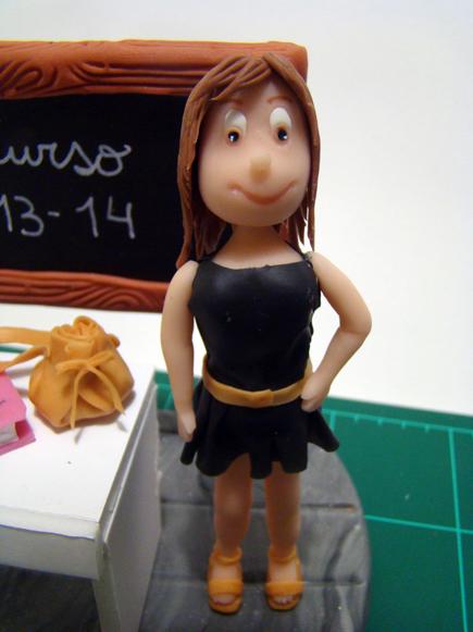 muñeco profesor maestro maestra porcelana fria