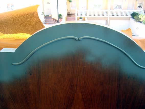 Pintar con spray un mueble dulces modelados for Pintar muebles con spray
